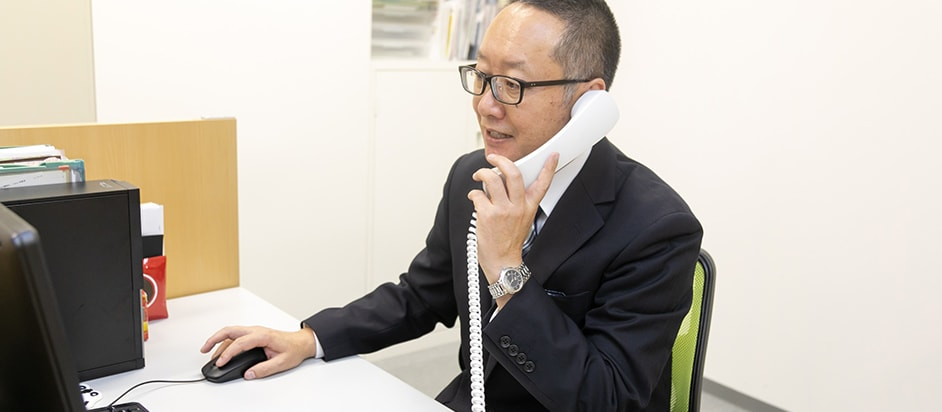 電話相談は無料で受け付けております